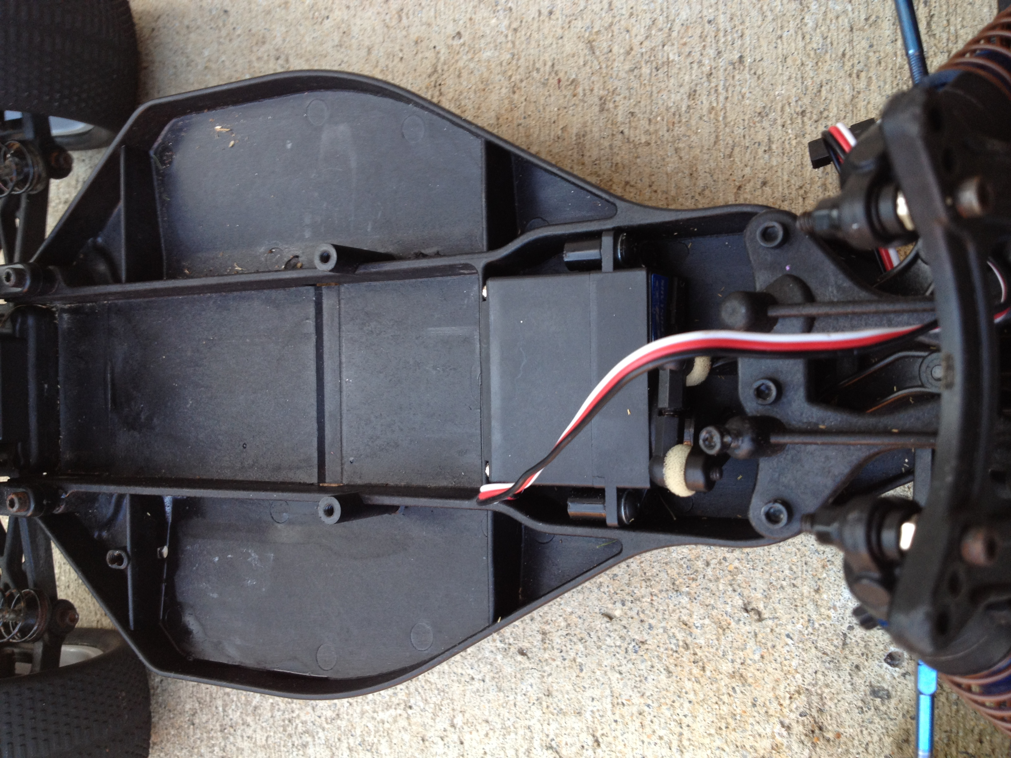 How to install electronics in a offroad RC car
