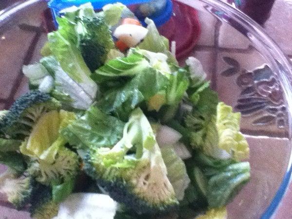 Make a Healthy Yummy Salad