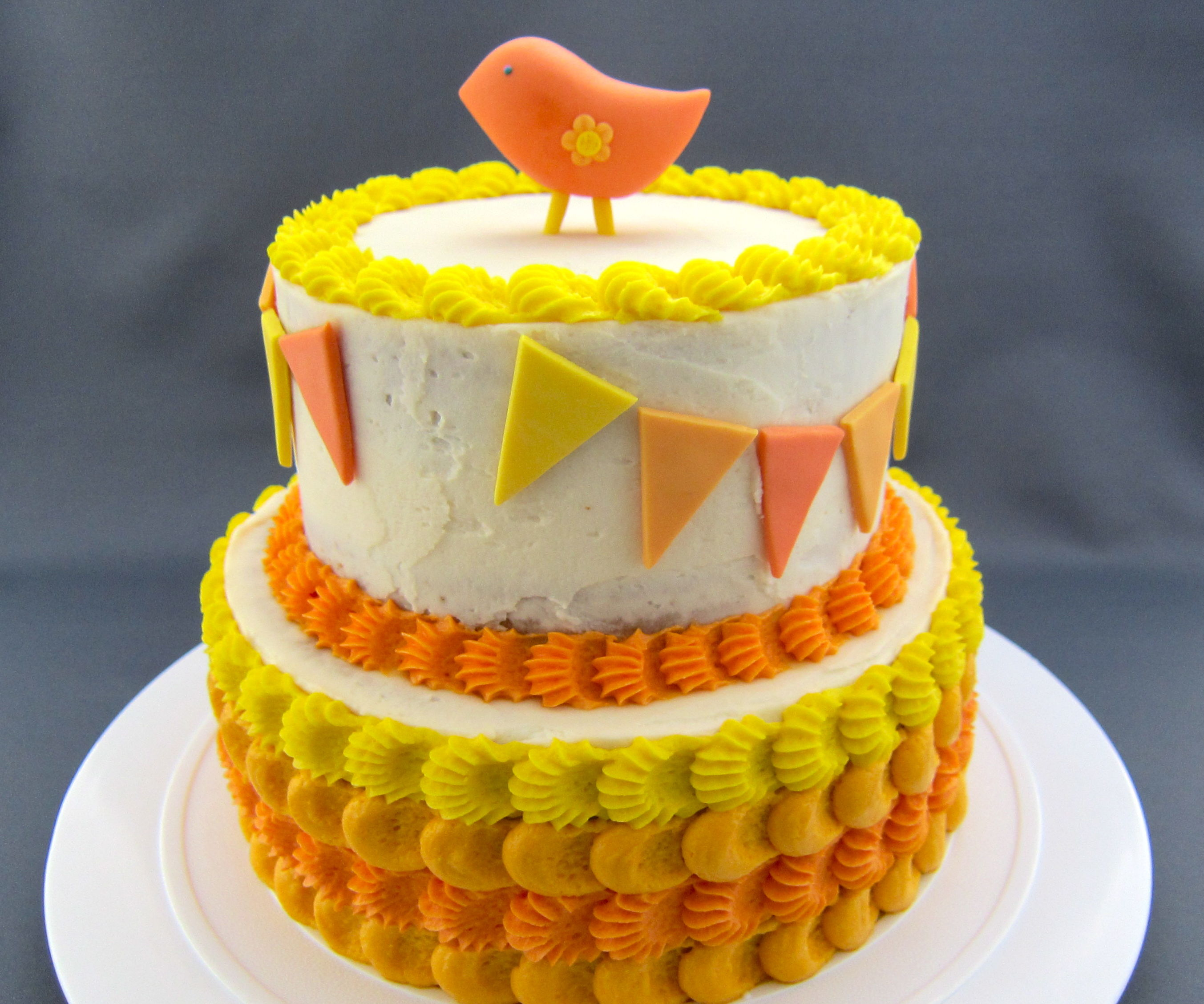 Cream Soda Cake w/ Vanilla Buttercream