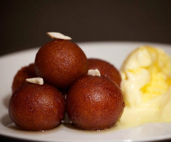 Sweet Dessert (Gulab Jamun)
