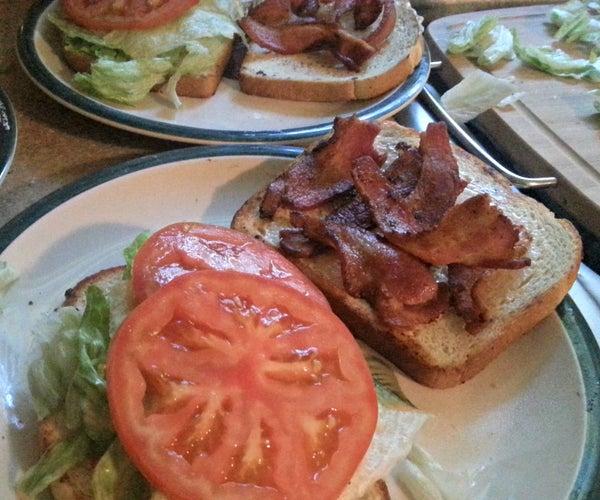 Old-fashioned BLT Sandwich