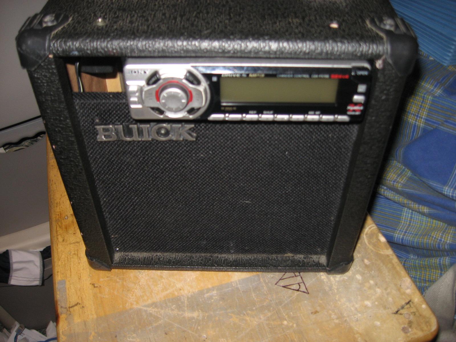 Car Stereo/Guitar Amp (Da Burik)