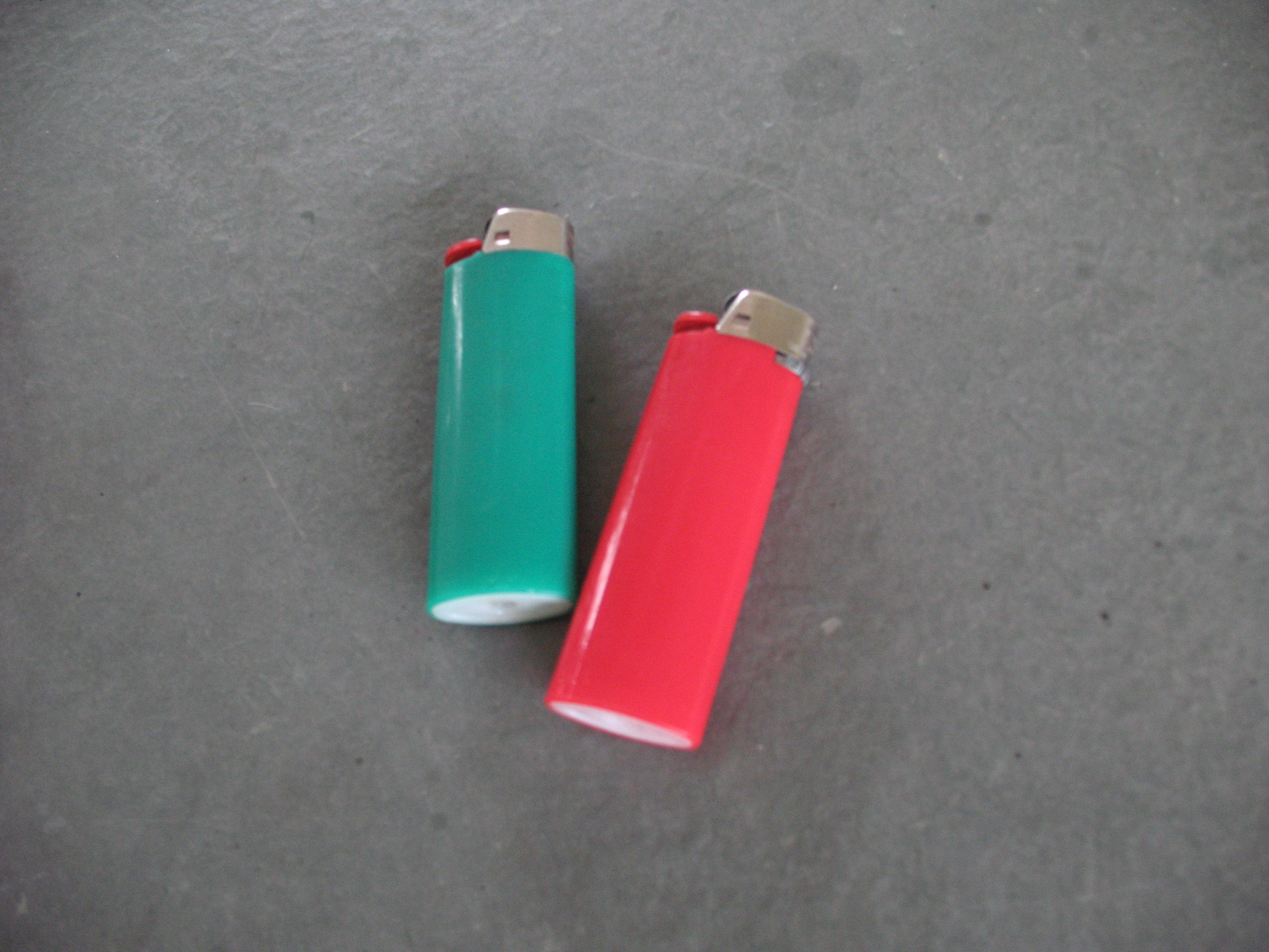 "How To Make A ""Secret Container"" Out Of A LIGHTER"