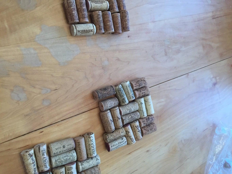 Arrange the Corks