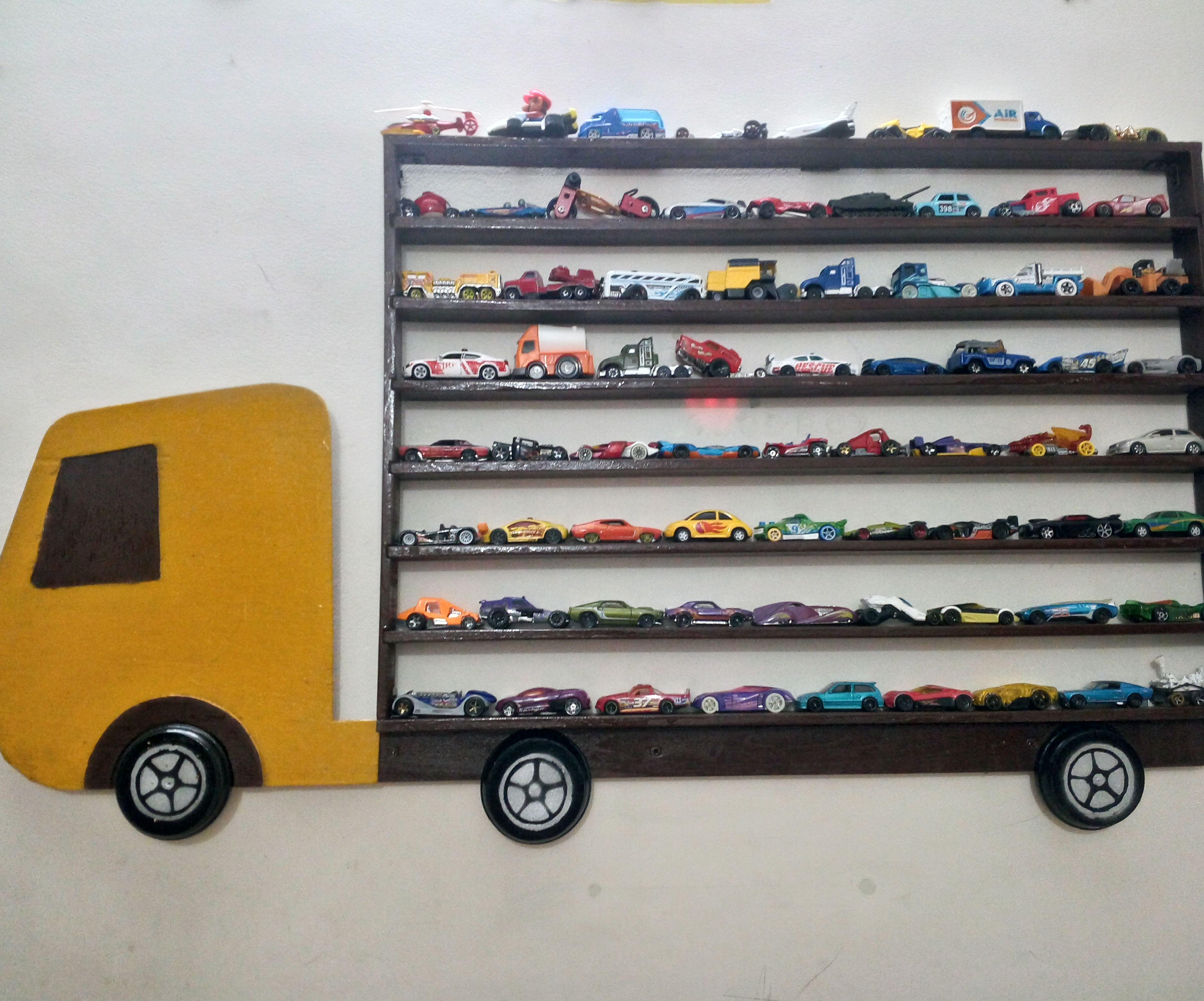 Toy Car Hanging V2