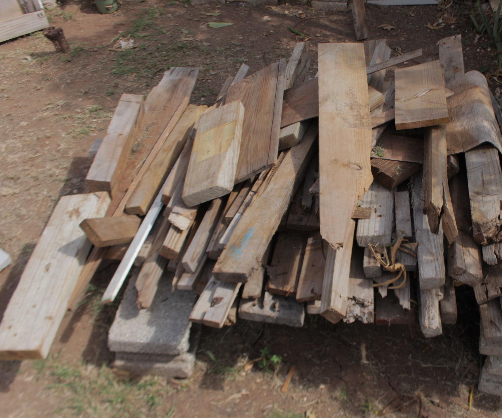 Outdoor Workbench From Scrap Wood