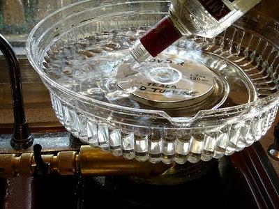 Build a CD Turbine Kitchen Gadget:   the Punch Bowl SuperStirrer