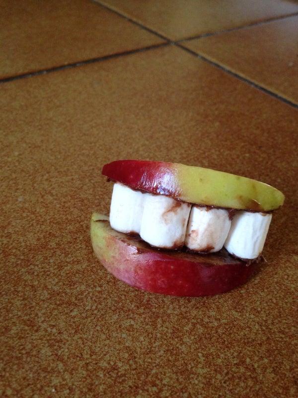 Edible Dentures : Halloween Treat