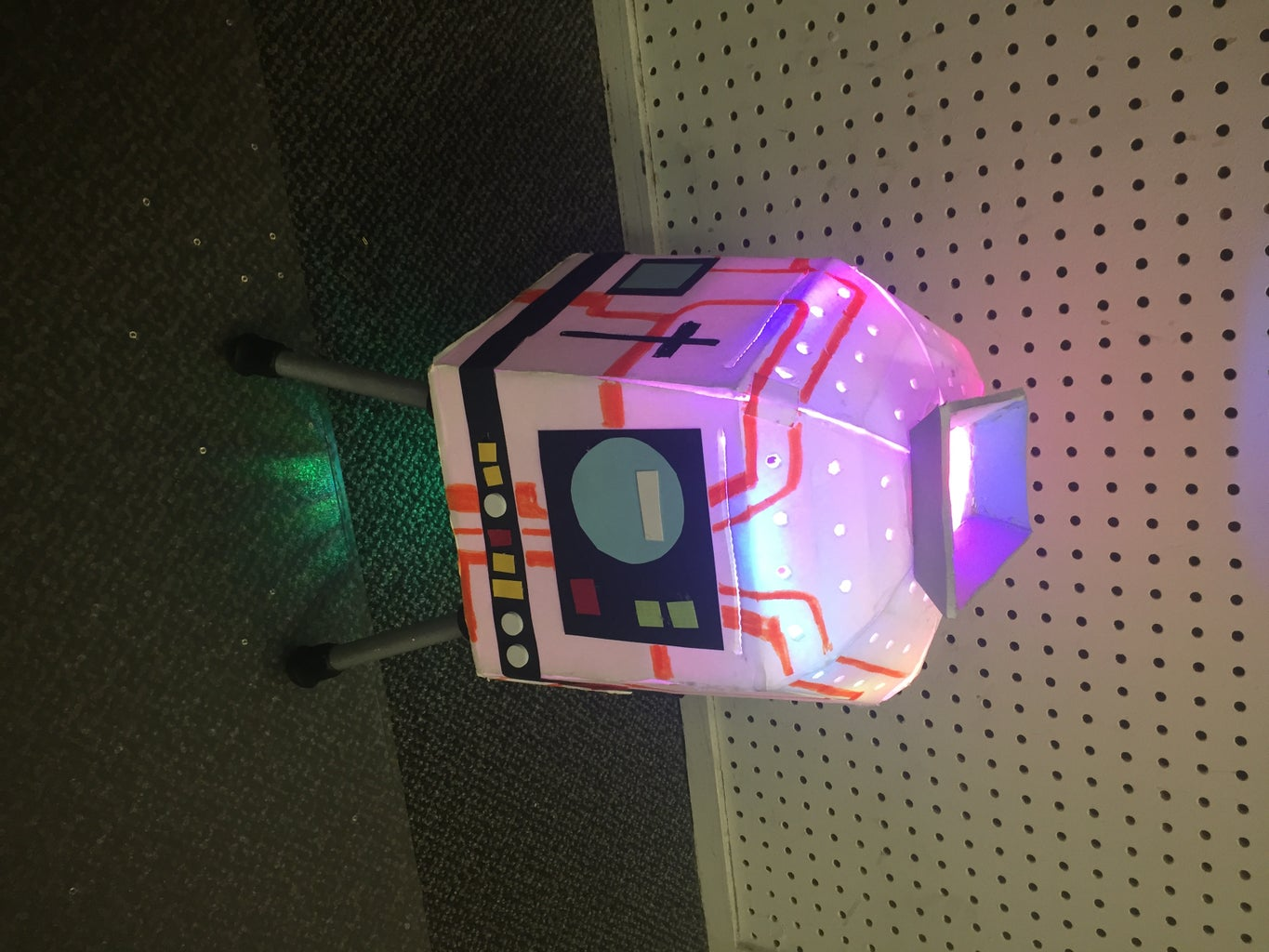 Bluetooth FLDSMDFR Candy Bucket With Lights and Sound