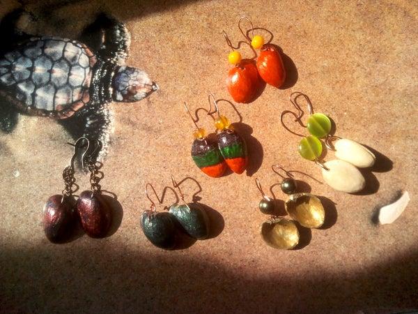 Pistachio Shell Eco Earrings