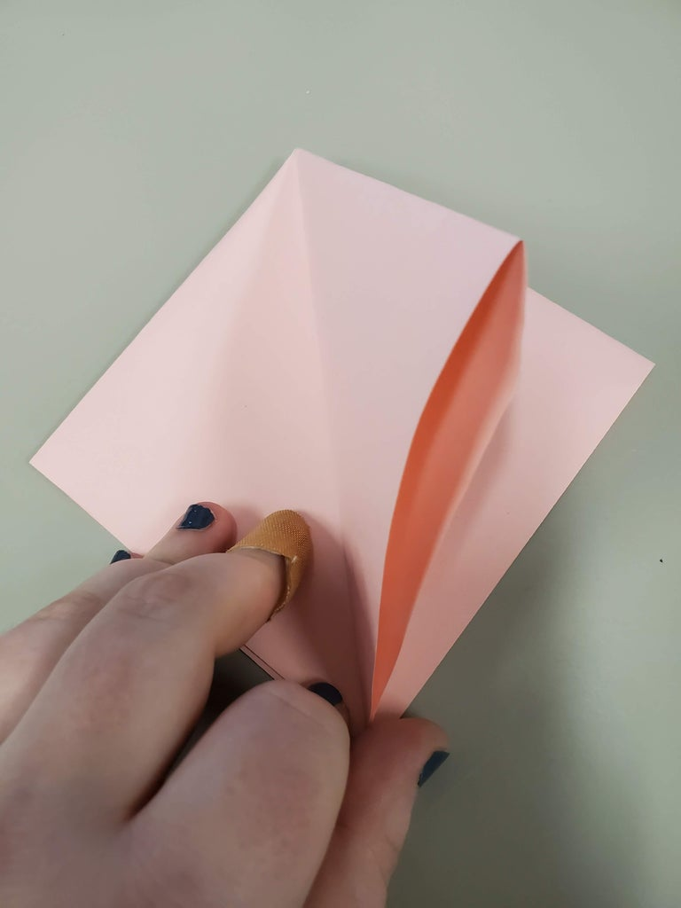 Lift Up the Upper Layer of the Right Side, Open It Up, and Squash It Down