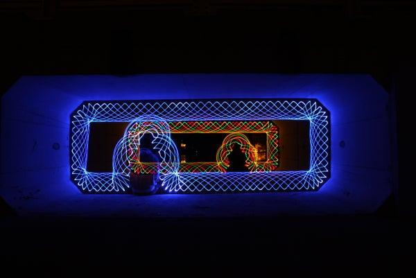 Making Light Painting Spirographs