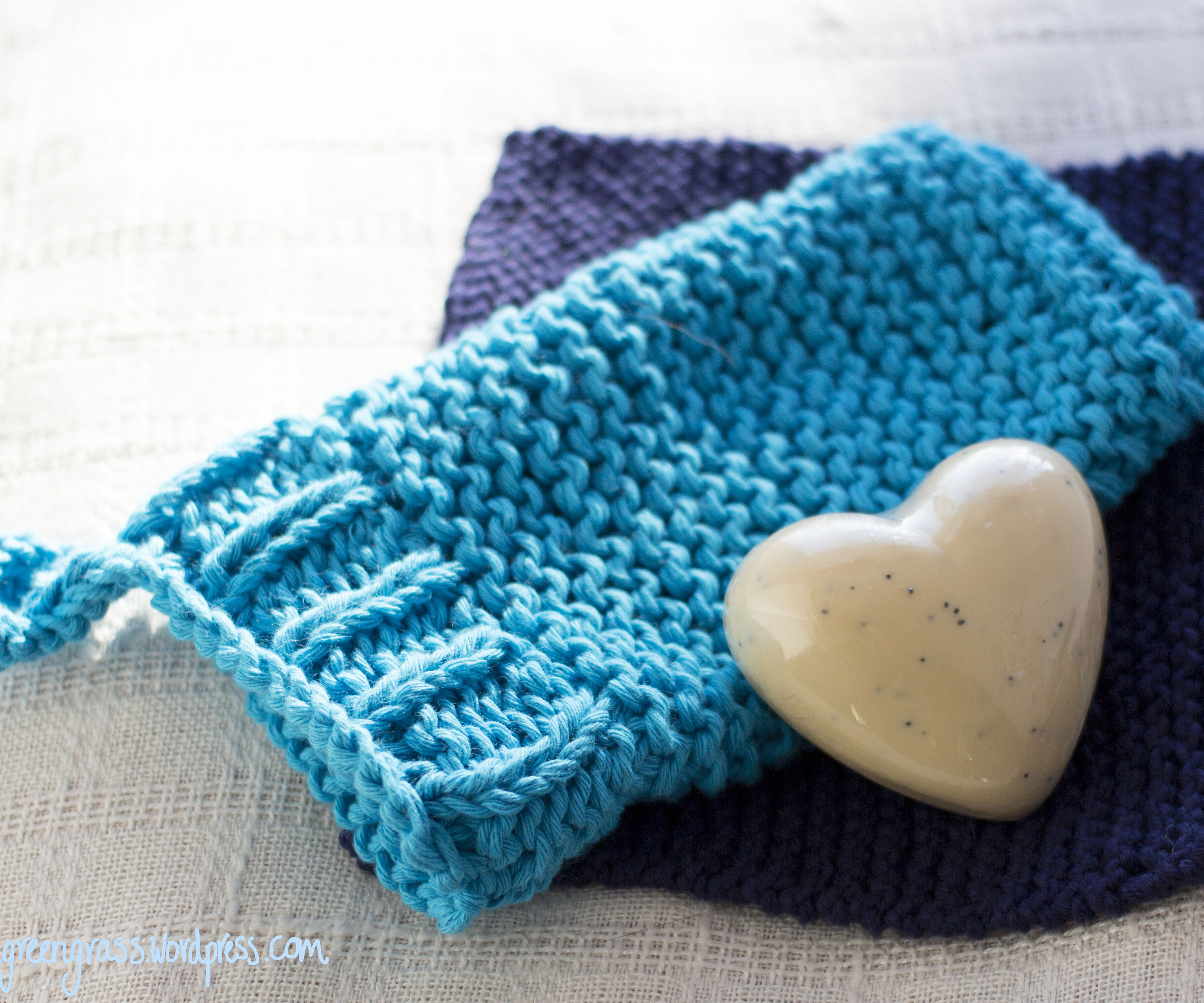 Knitted Scrub Mitten and Wash Cloth