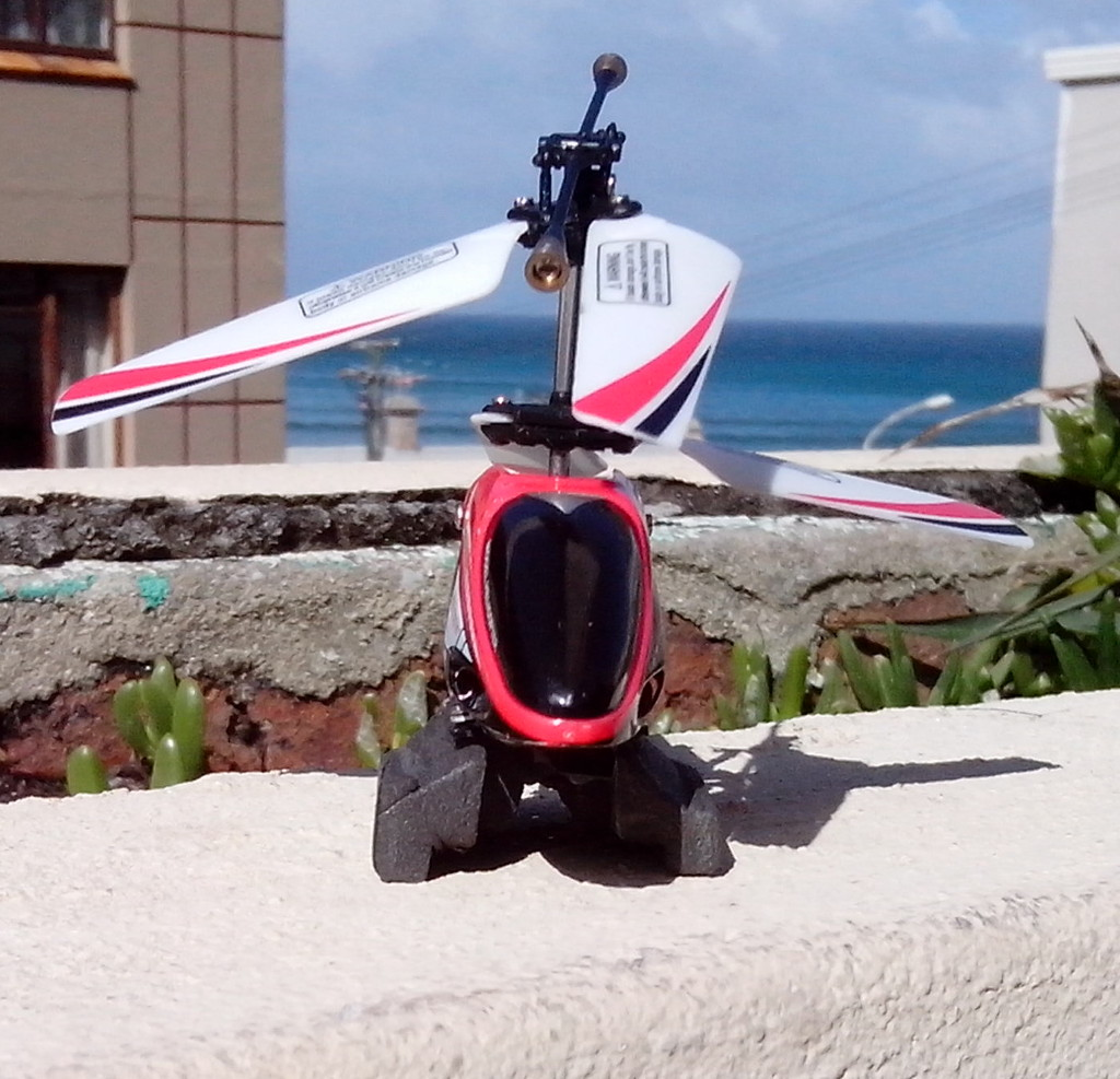 Quick and dirty Mini R/C Helicopter landing skids fix
