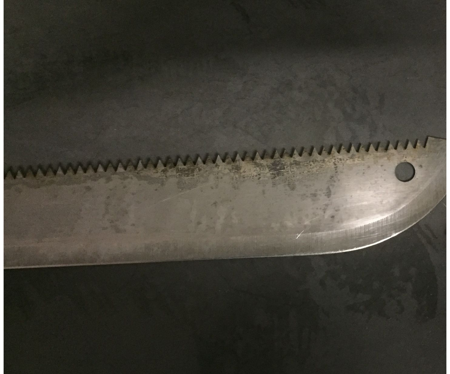 How to Clean Rust Off a Knife