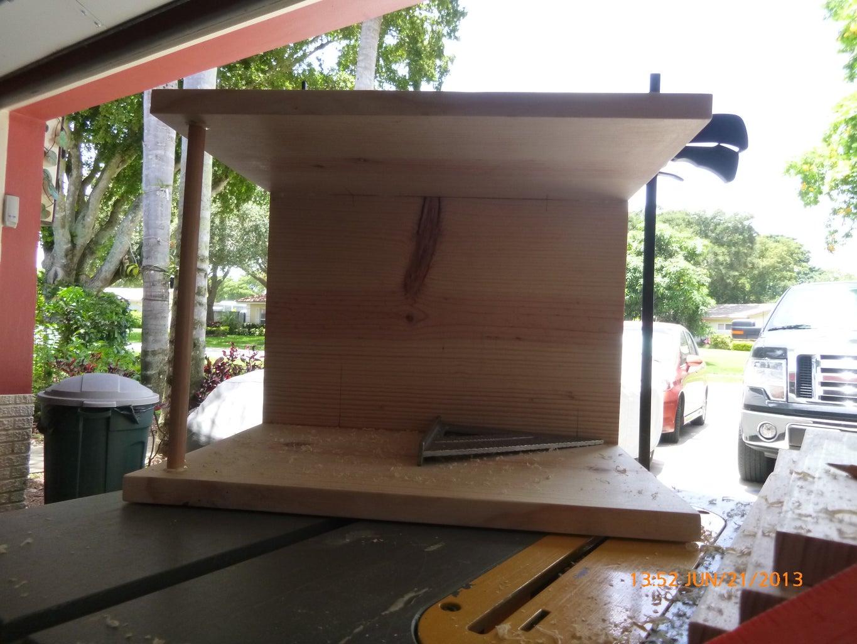 Corner Bookshelf for Kids.