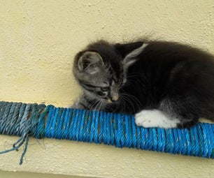 Portable Cat Scratcher