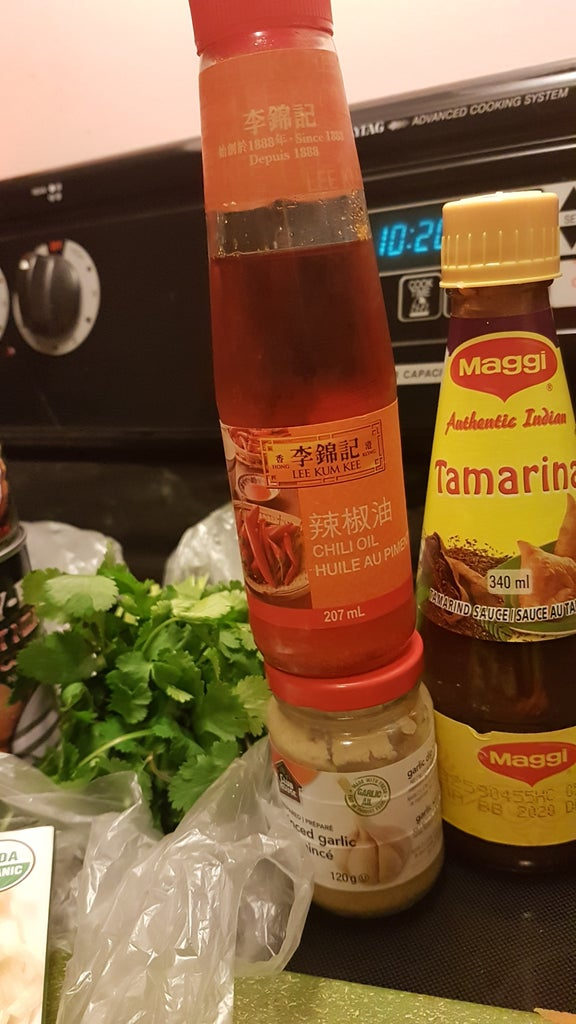 Spicy Peanut Vegetable Pad Thai