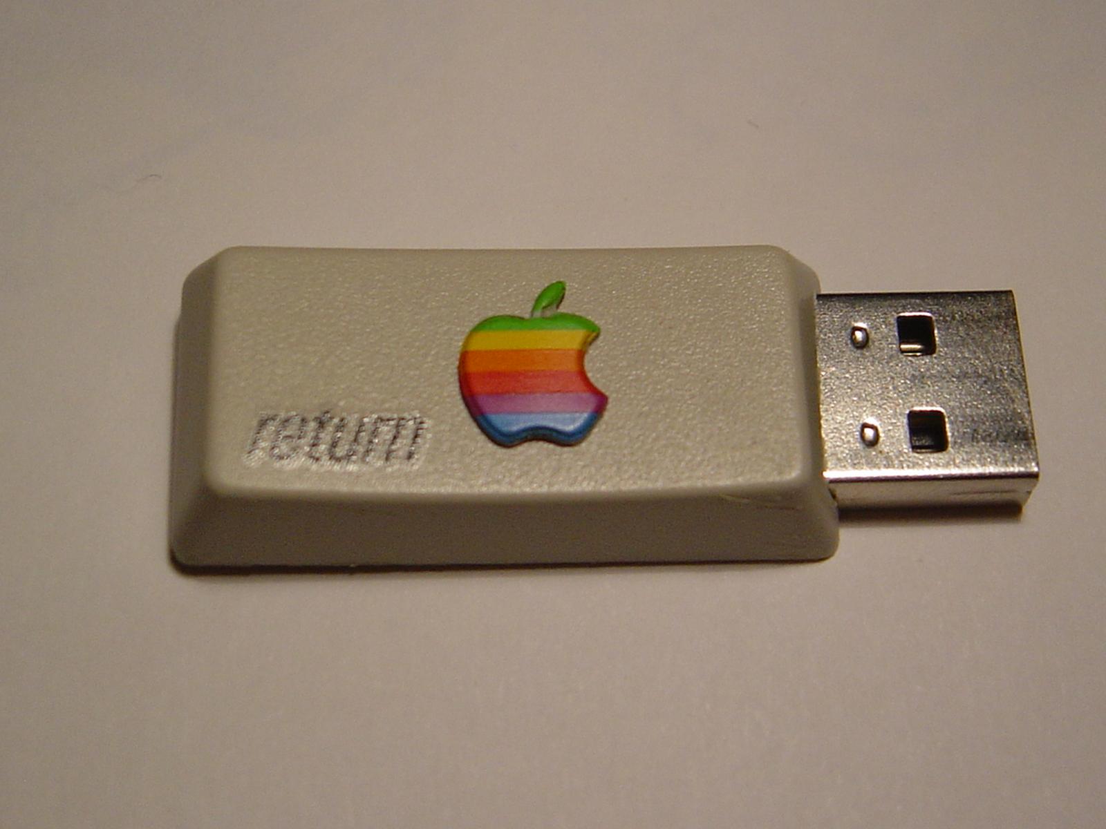 Apple retro pendrive