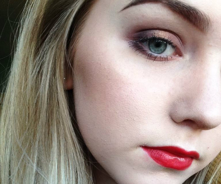 How To Choose The Correct Makeup Shades Based On Your Skin Tone