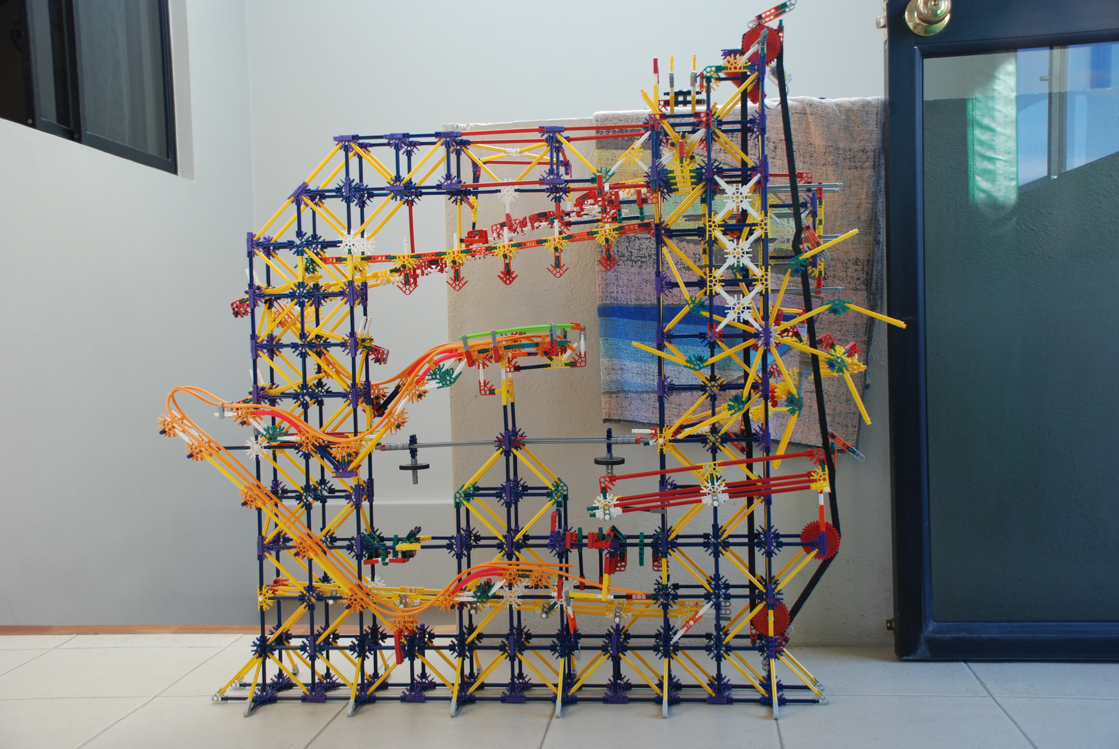How to build Project Blaster Knex ball machine