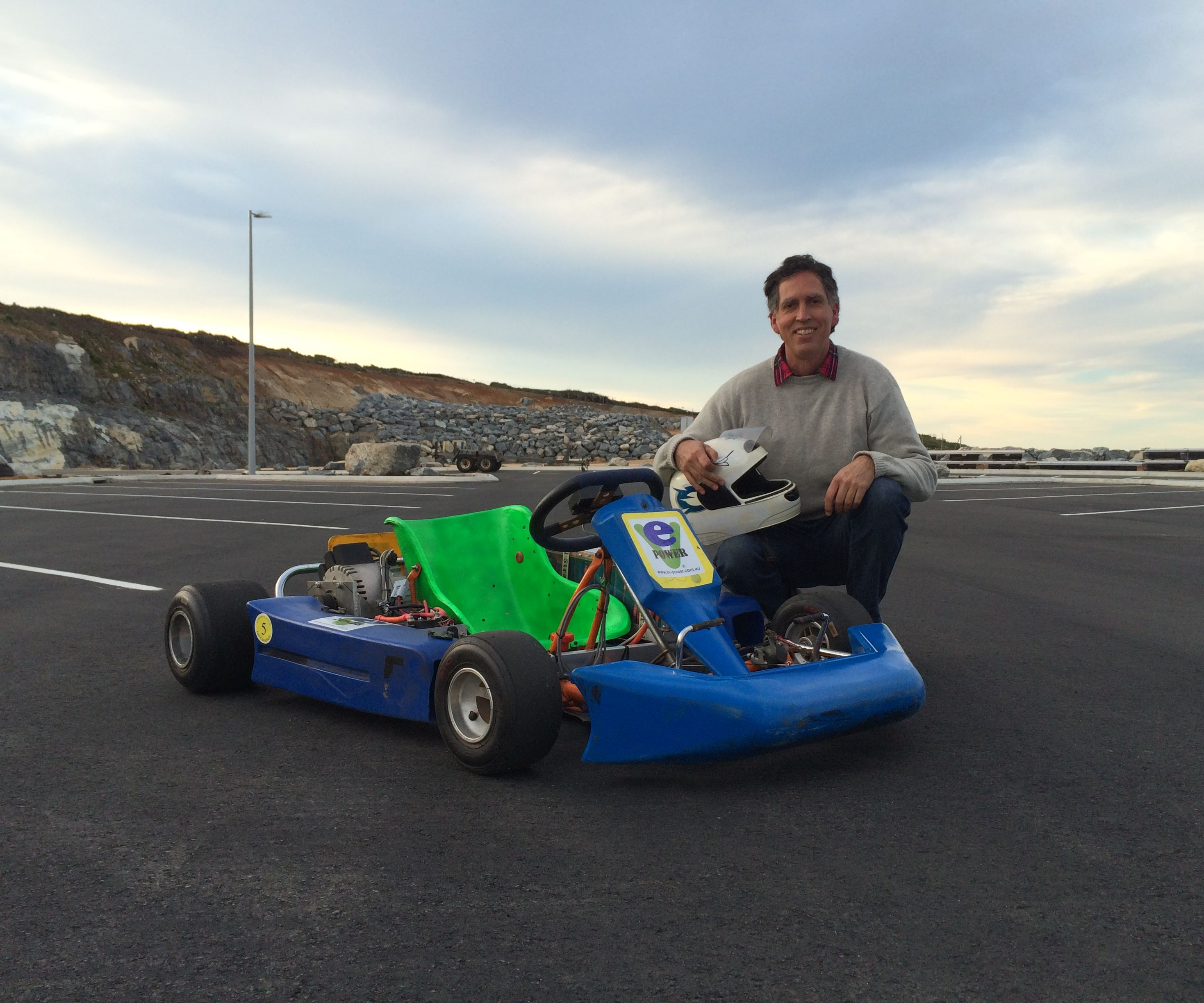 Gas Beating Electric Race Kart
