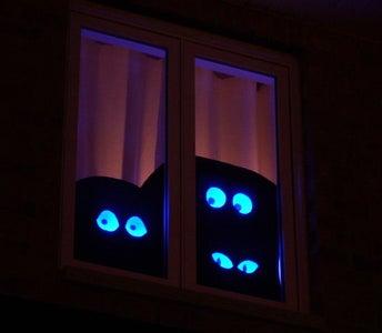 Following-eye Halloween Display
