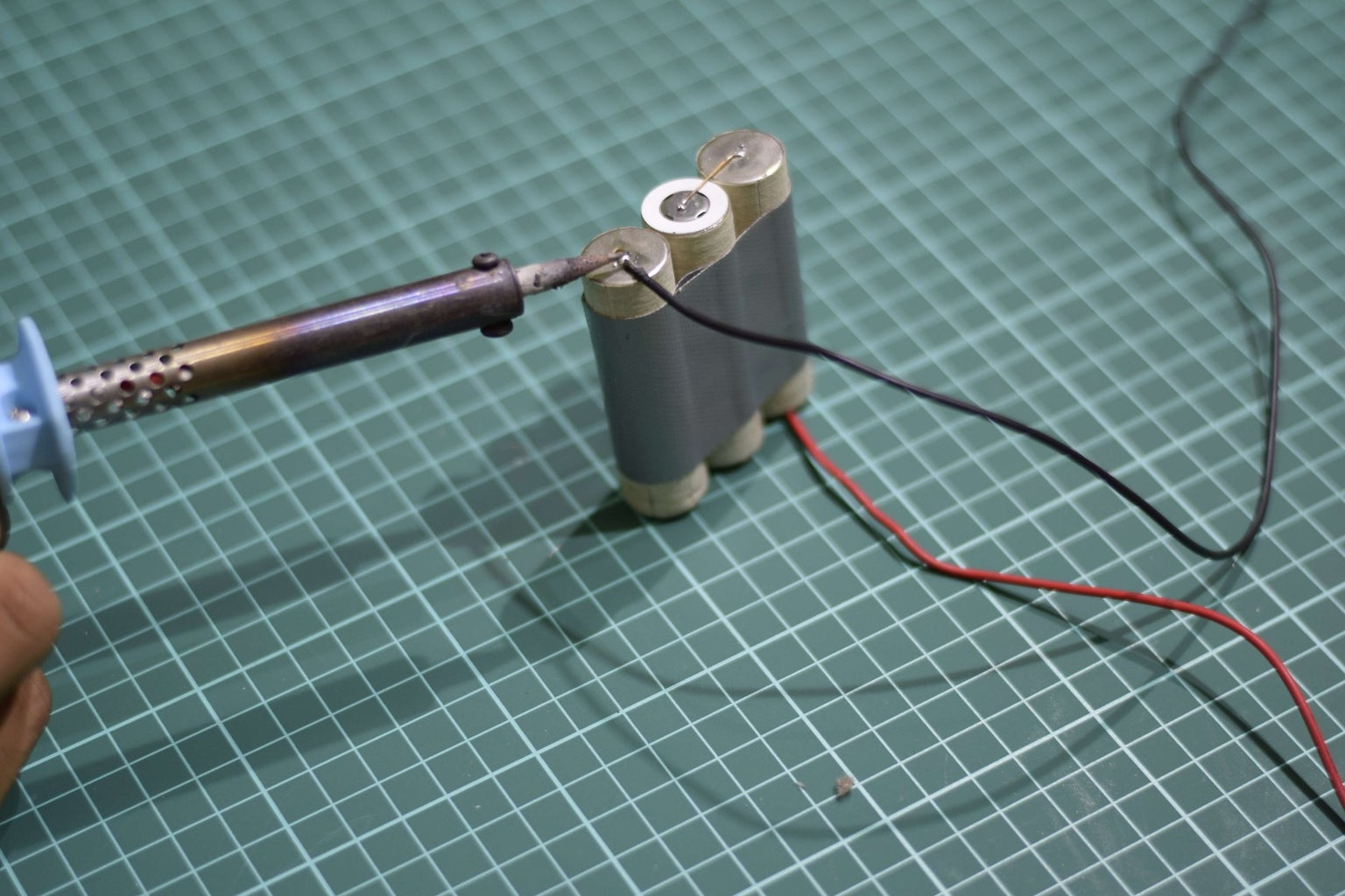 Constructing the Battery Pack