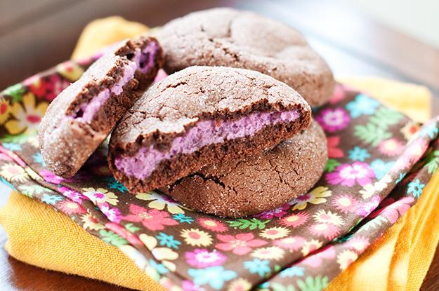 Raspberry Cheesecake Stuffed Cookies