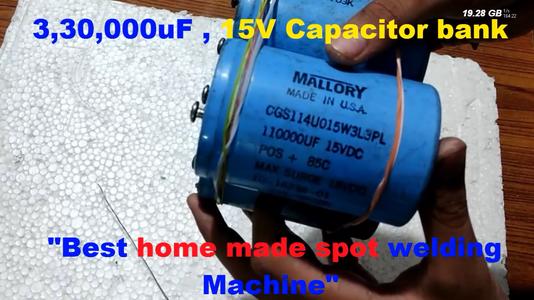 Capacitor Bank: