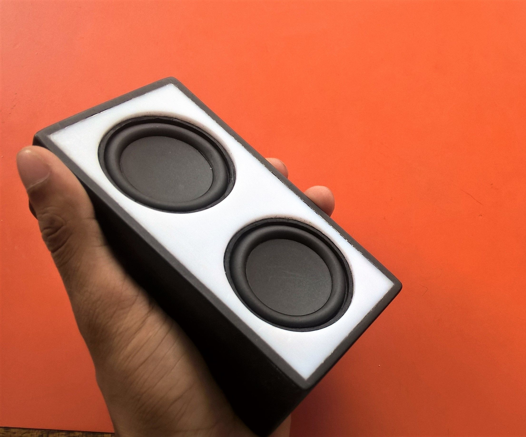 DIY Portable Bluetooth Speaker