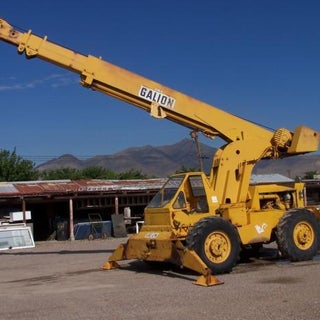 15-ton-cap-crane-60ft-reach-detroit-diesel .jpg
