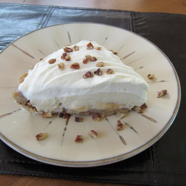 Banana Cream Pie With Walnut Pecan Crust