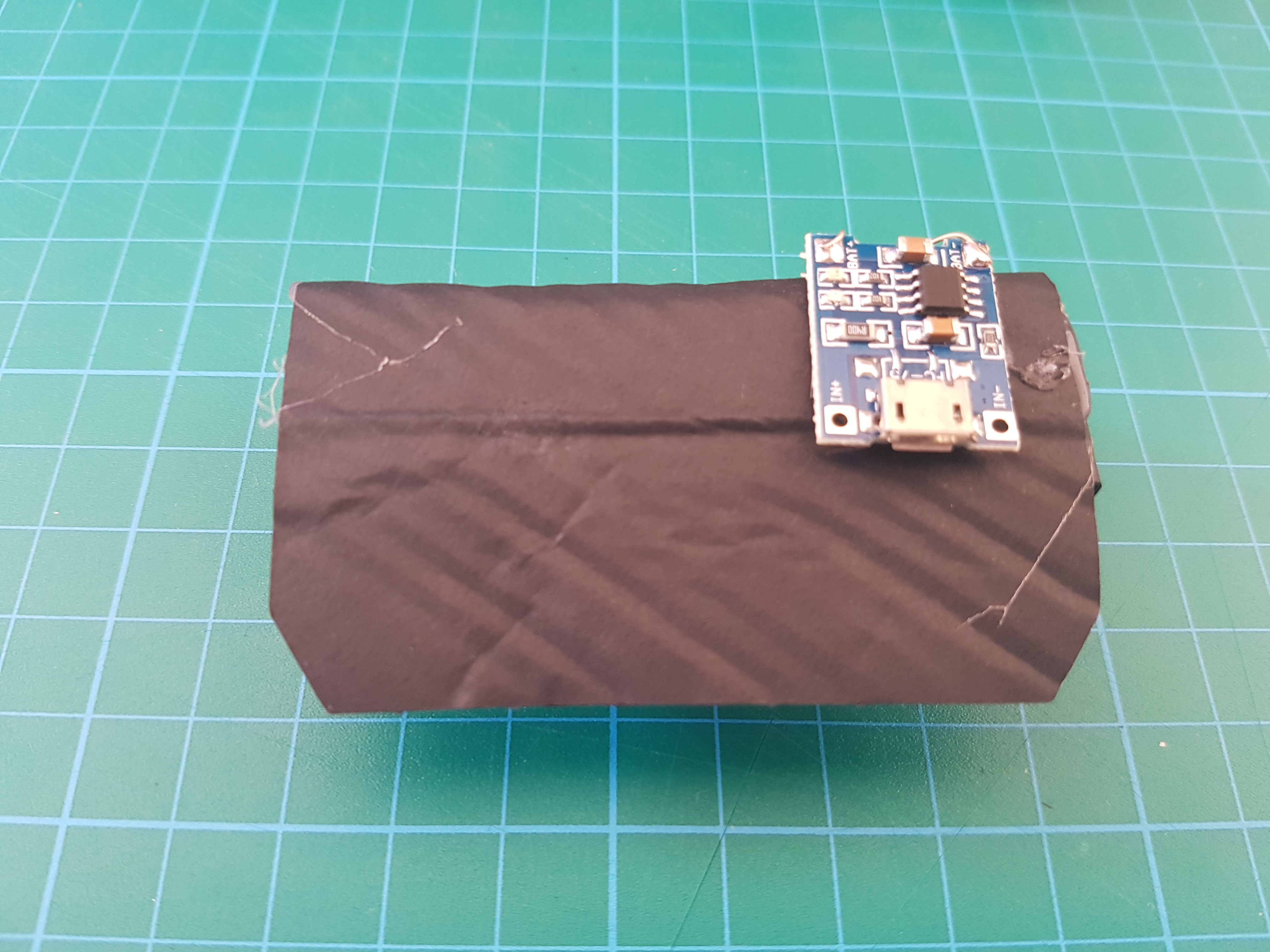 15 Minutes Li-ion Battery Charger