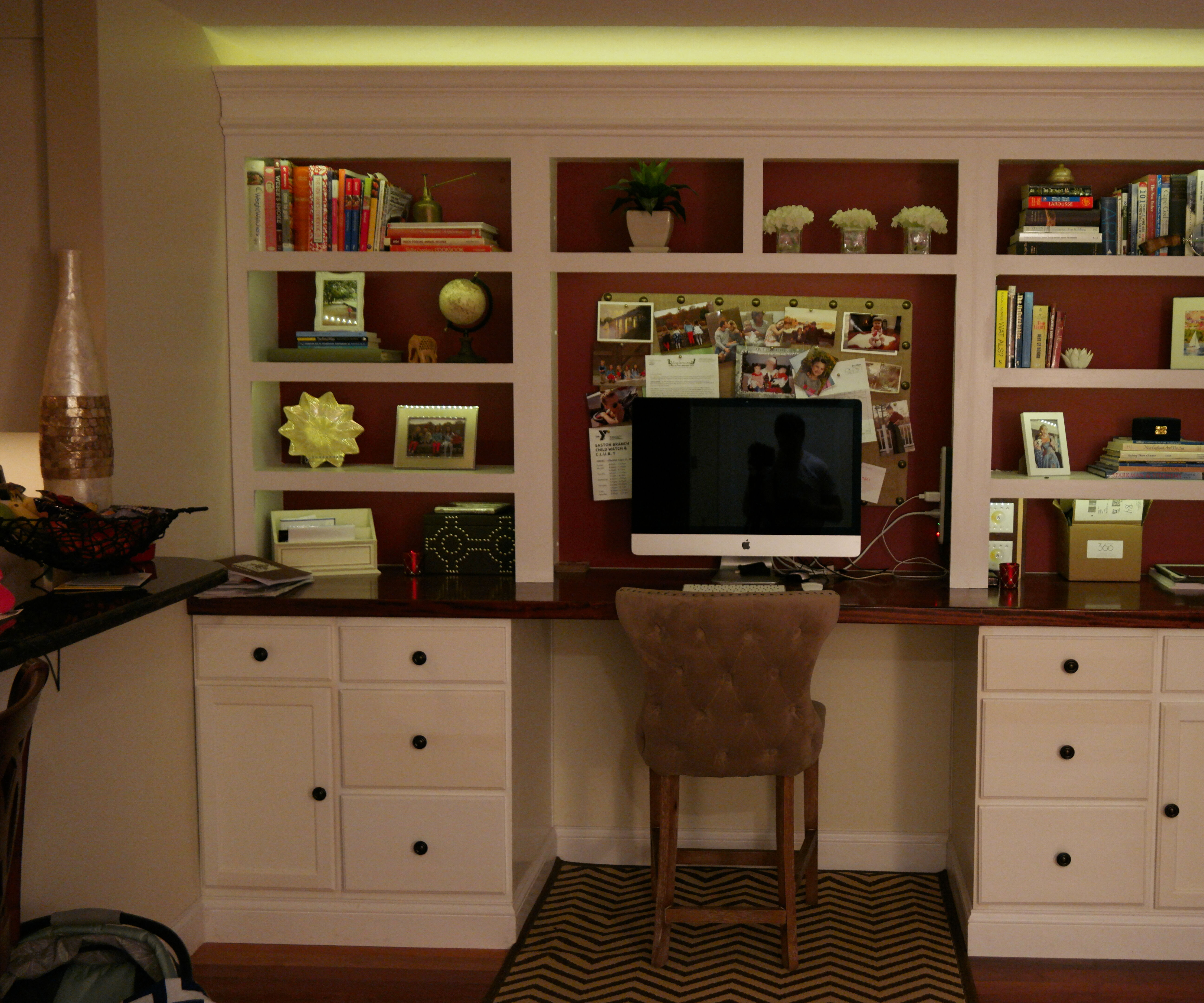 Two color LED-lit, built-in bookshelf with desk