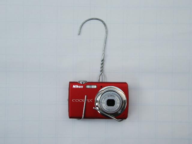 Hotel coat hanger - camera mount
