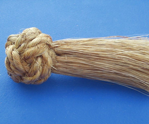 Manrope Knot Whisk Broom