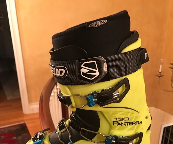 How to Properly Size an Adult Ski Boot