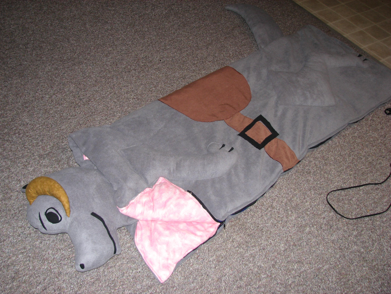 Homemade Tauntaun Bag (Sleeping Bag Mod)