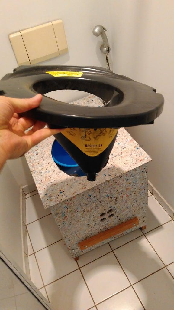 UDDT Separator and Urinol