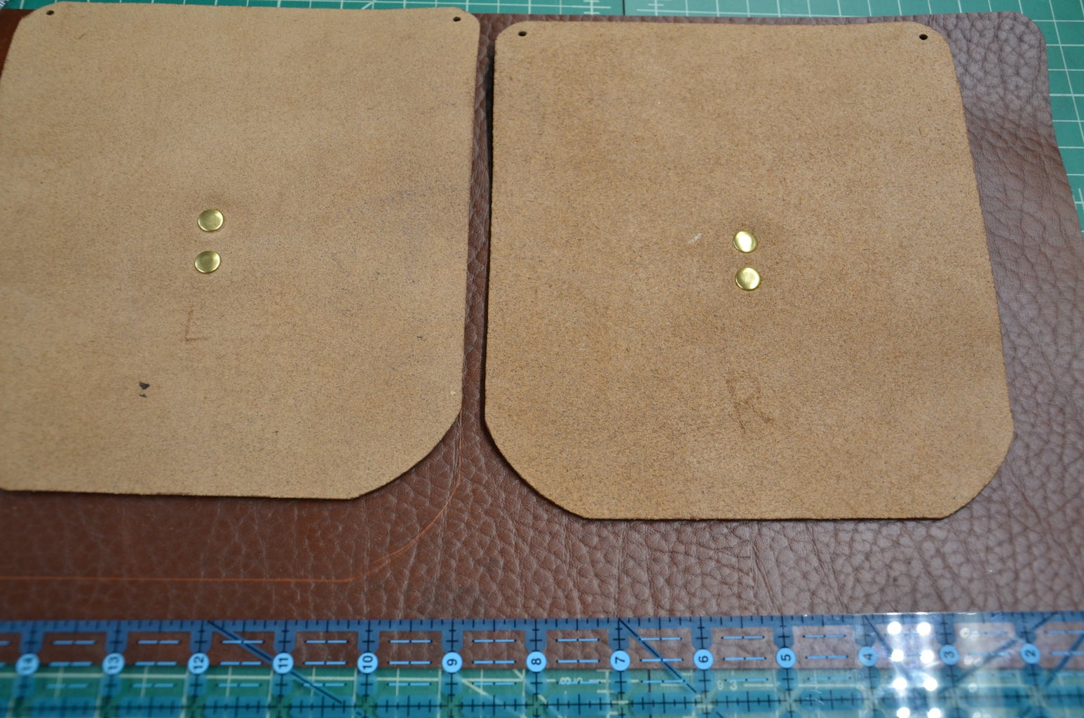 Step 6: Attaching Front Pockets to Laptop Pocket