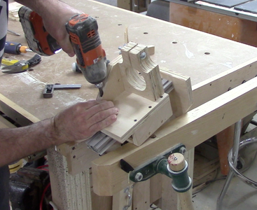 Adding the Router Clamp Support
