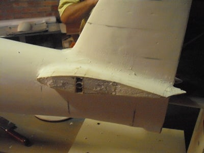 Fitting and Glassing the Horizontal Stabilizer
