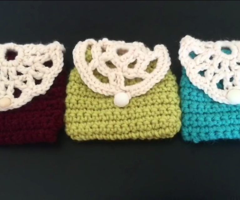 How to Crochet a Wallet