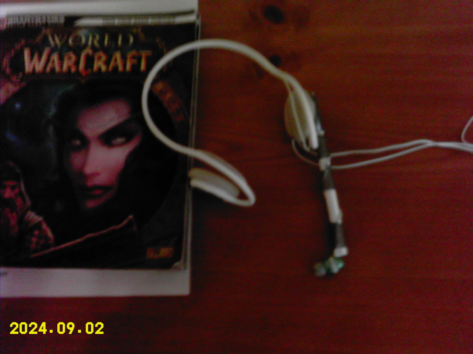 How to make a headset for online gaming or instant messaging