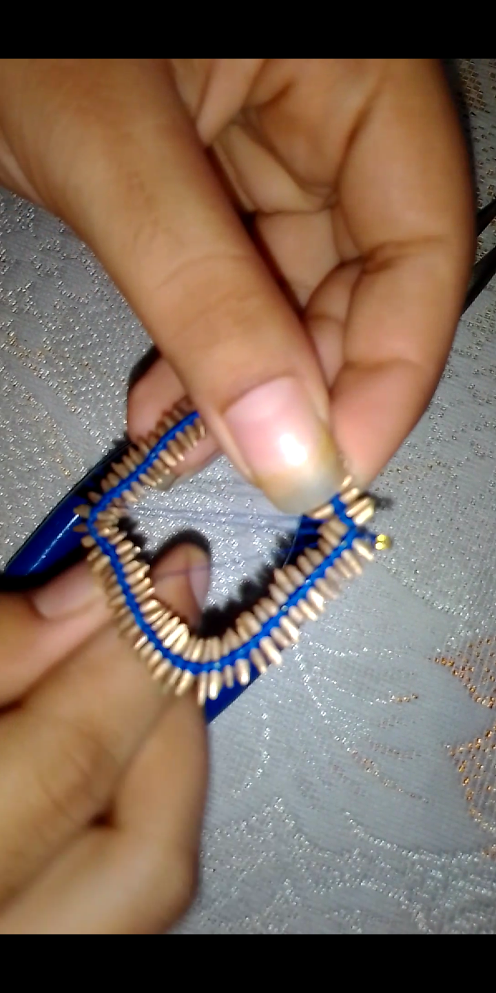 Put the First Layer of Thread.