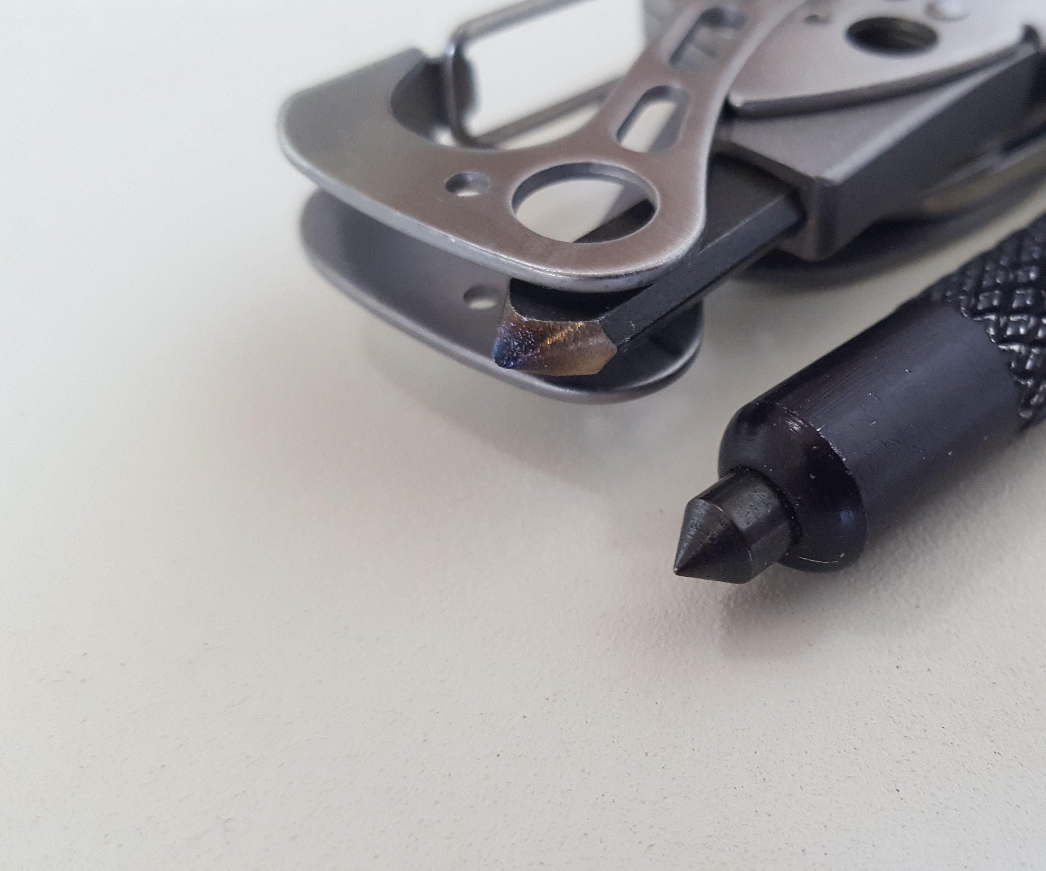 Multitool Glass Breaker