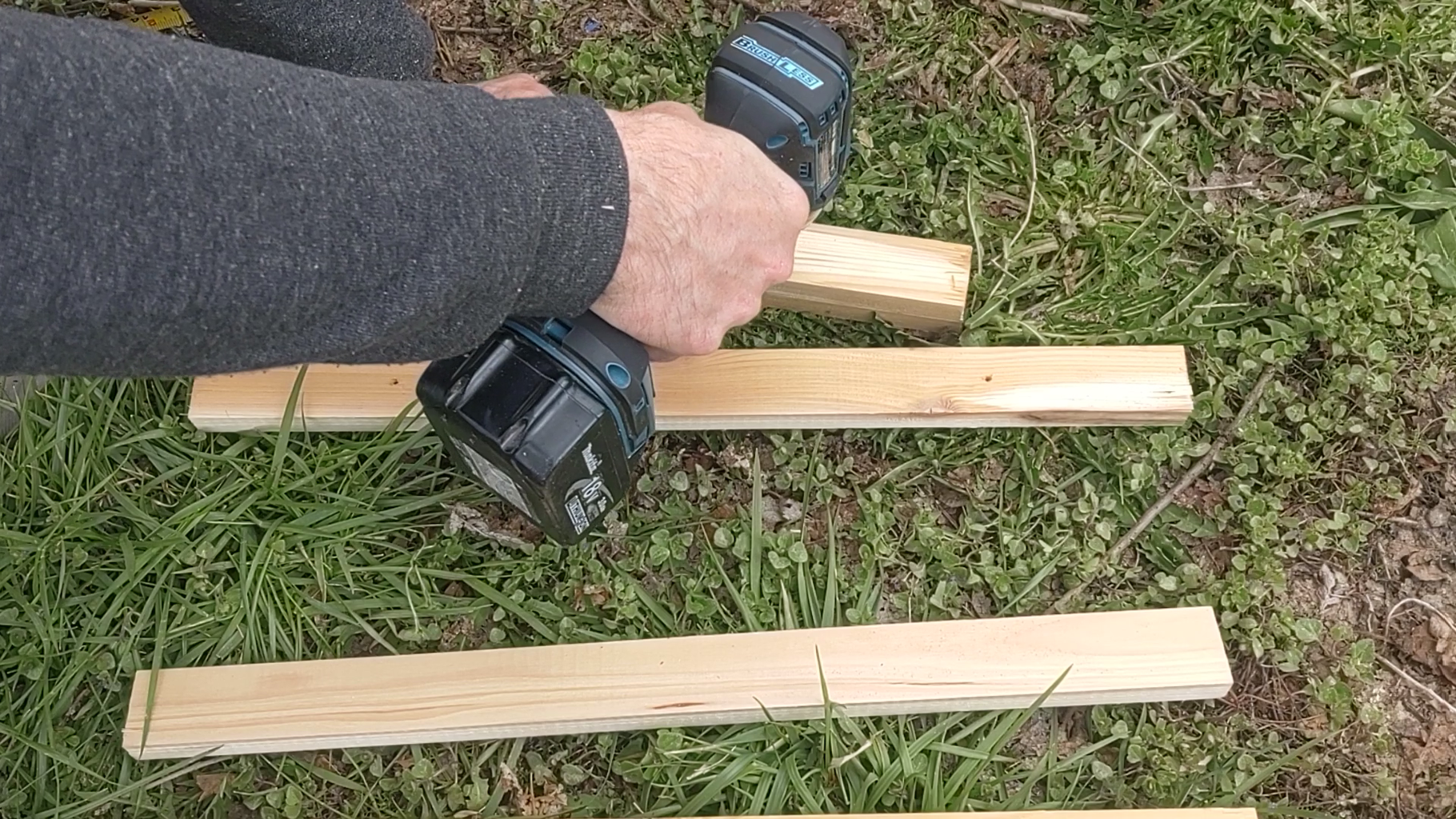 Make Sure the Screw Line Up