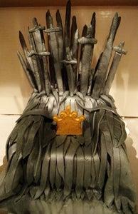 Game of Thrones: Iron Throne Cake