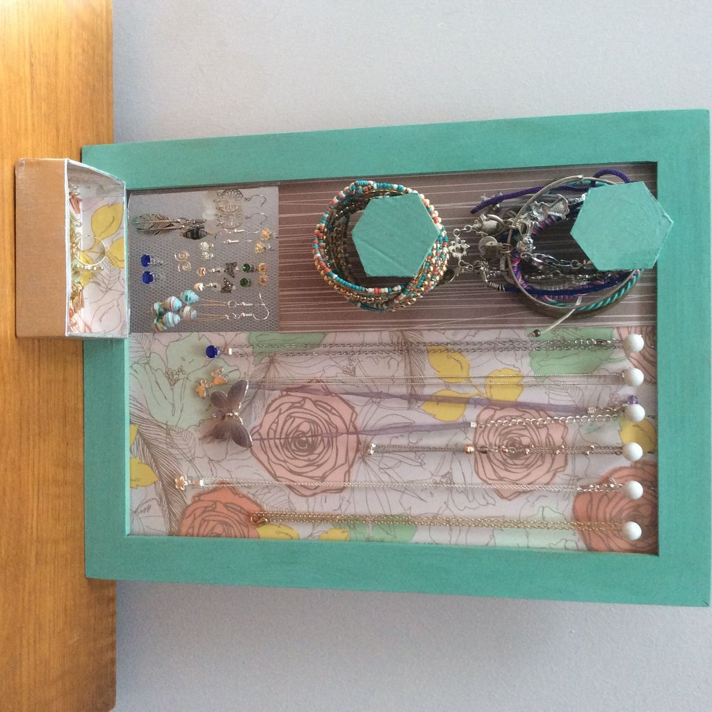 3-in-1 Jewellery Organiser From Old Frame